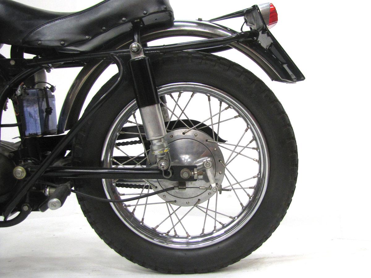 1966-ducati-250-scrambler_23