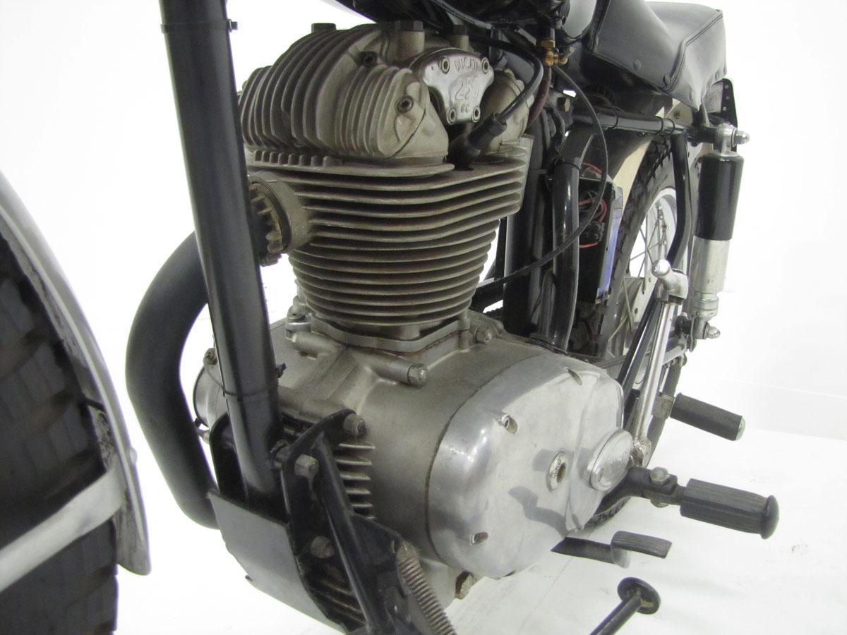 1966-ducati-250-scrambler_35