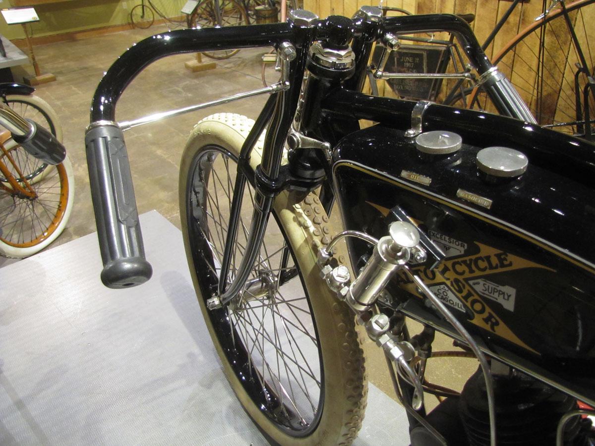 1917-excelsior-board-track_13