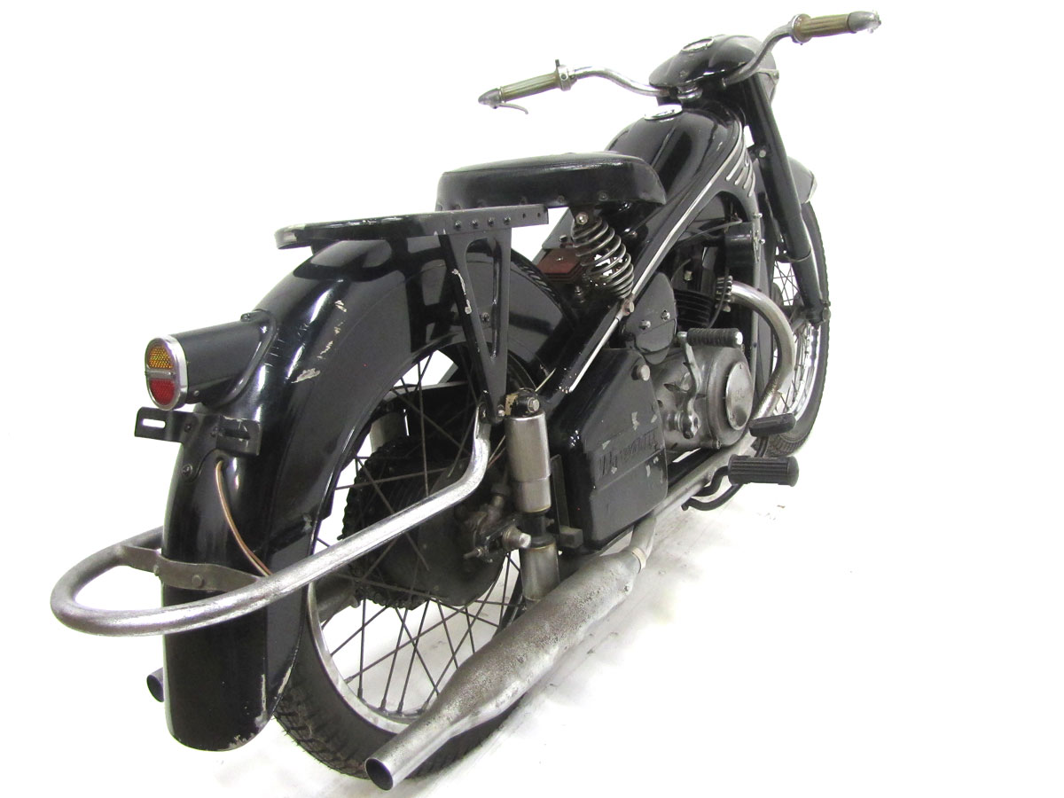 1954-honda-dream-4e_6