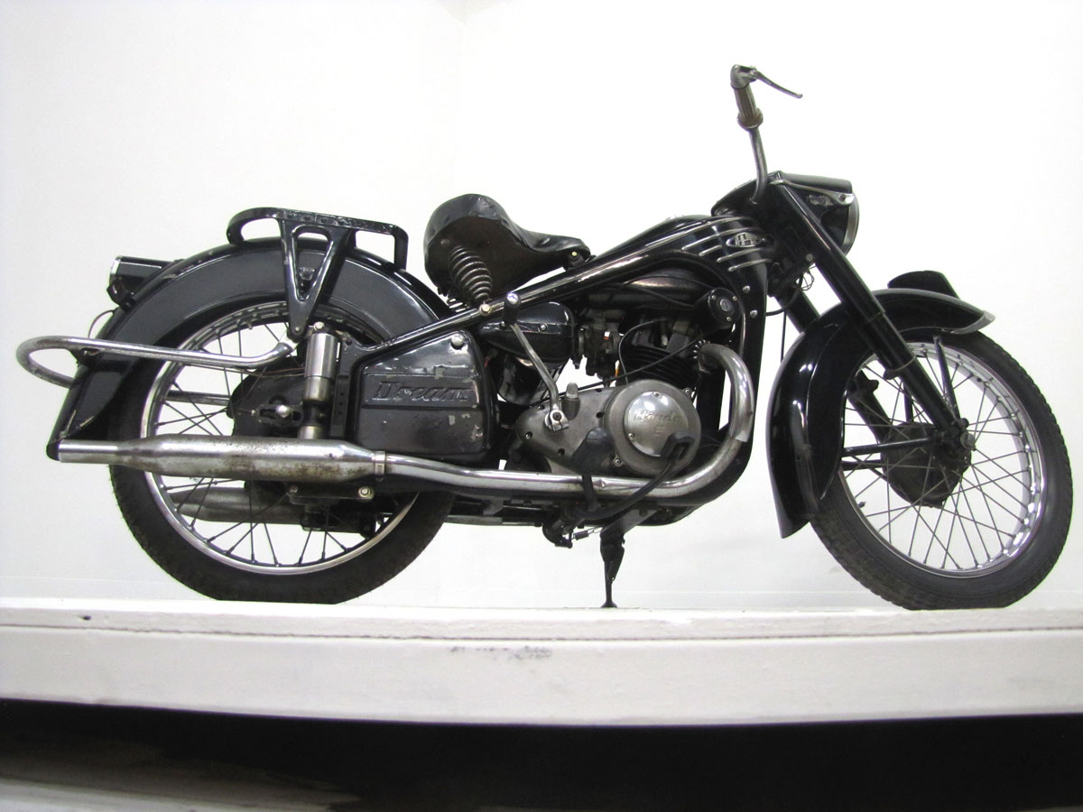 1954-honda-dream-4e_9