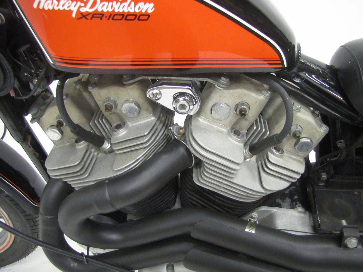 1984-harley-davidson-xr1000_32