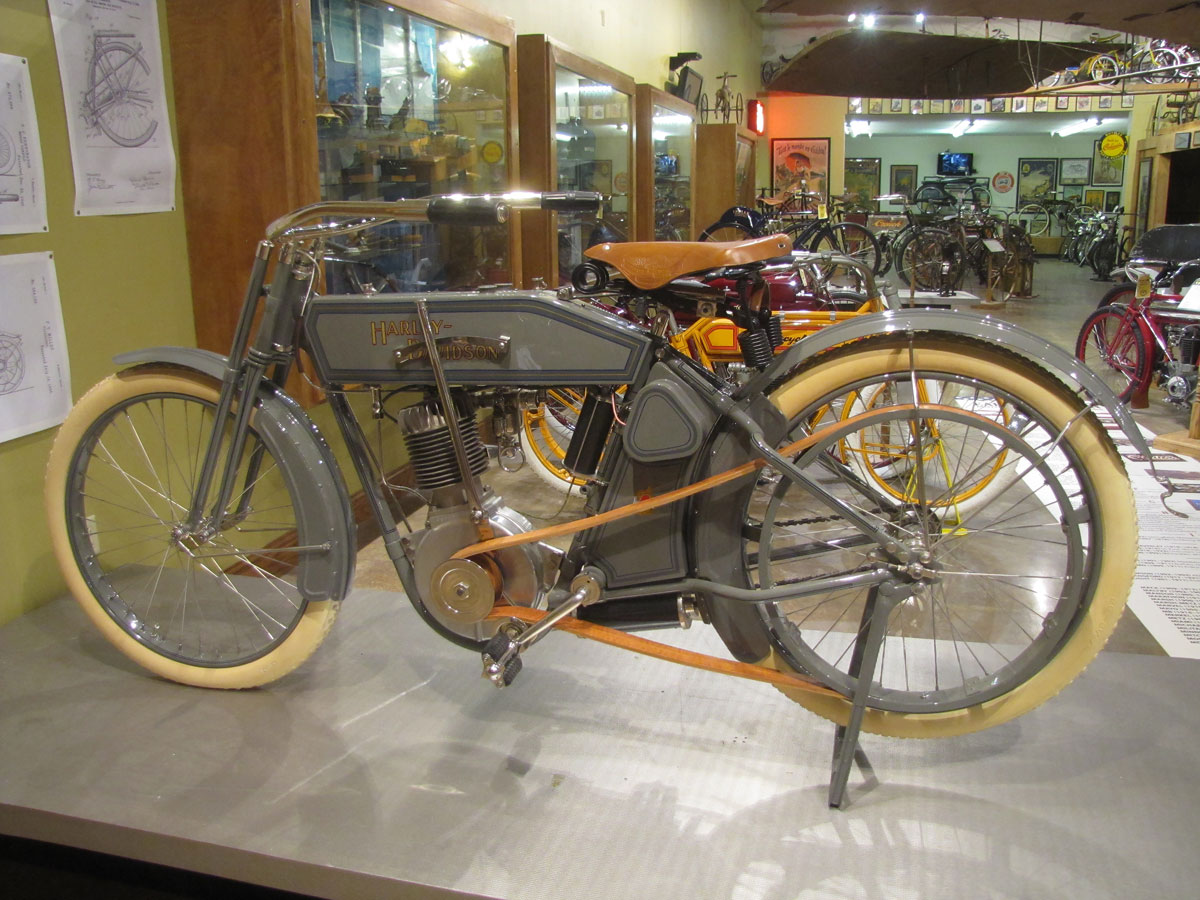 1912-harley-davidson-single_3