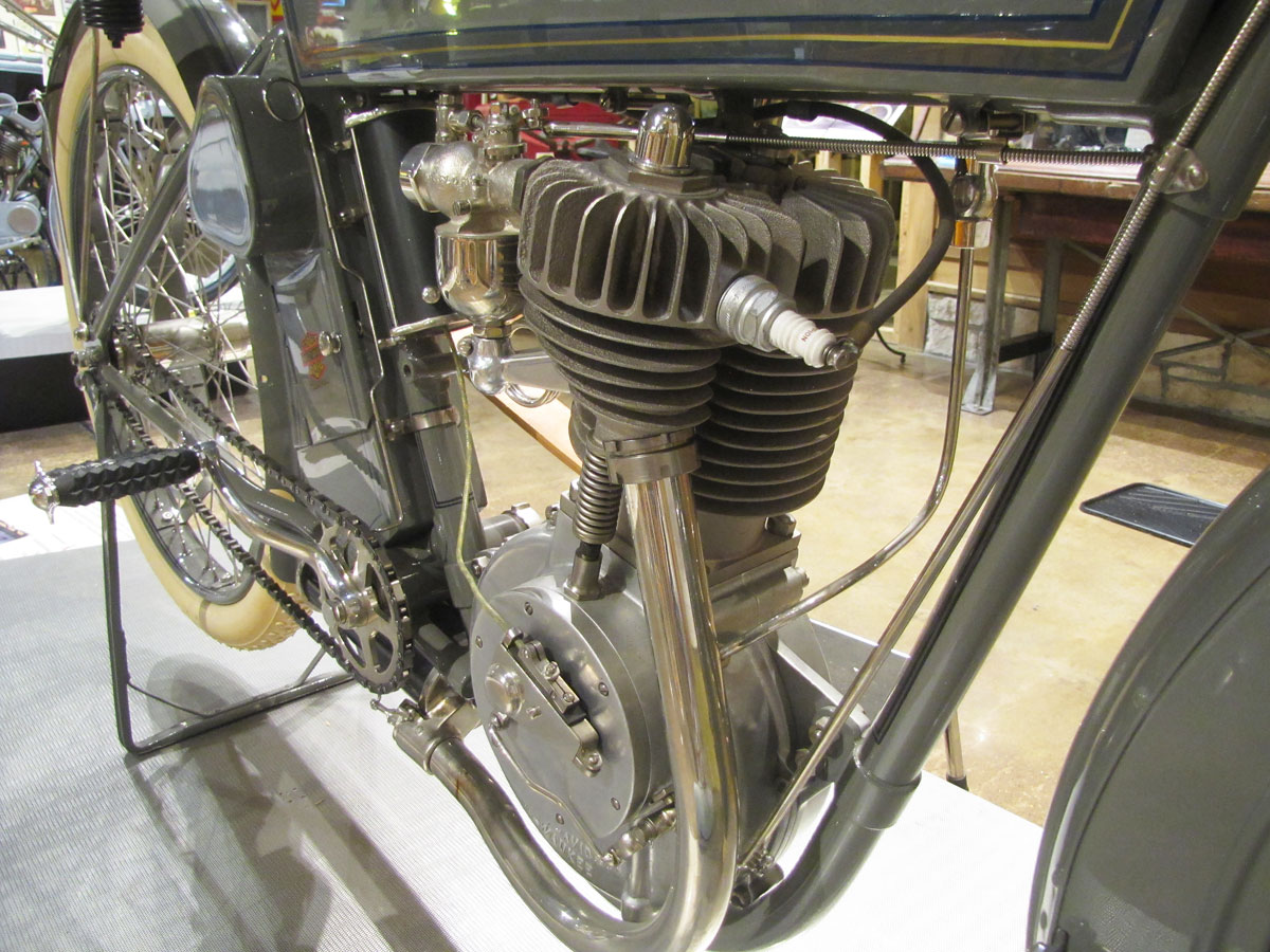1912-harley-davidson-single_34