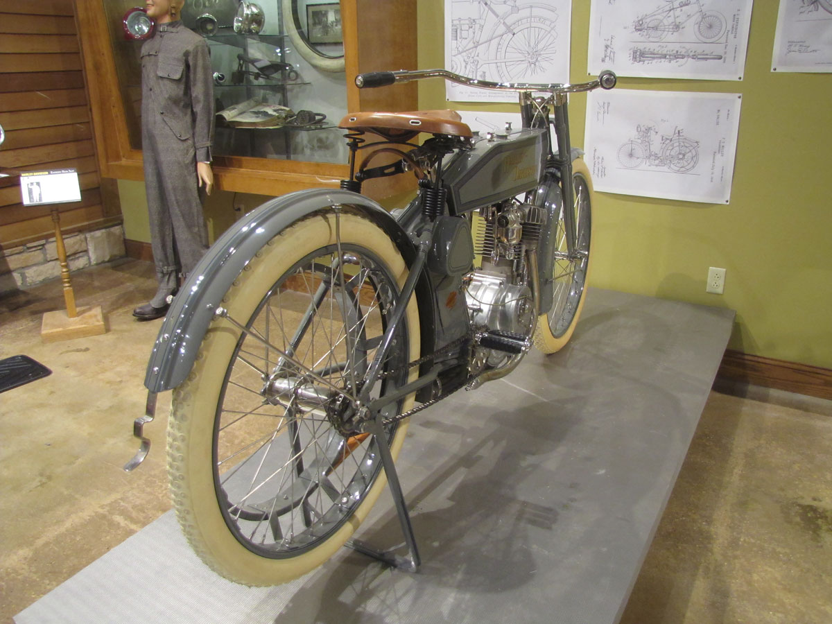 1912-harley-davidson-single_5