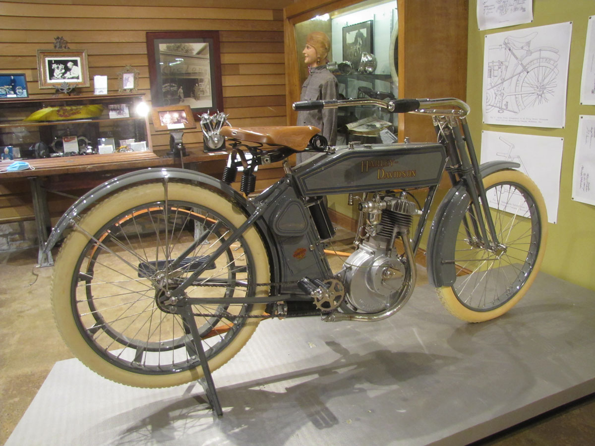 1912-harley-davidson-single_6
