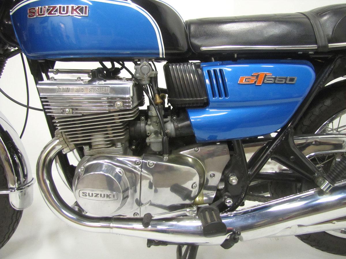 1972-suzuki-gt550j_24