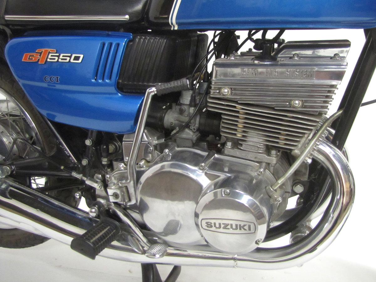 1972-suzuki-gt550j_39