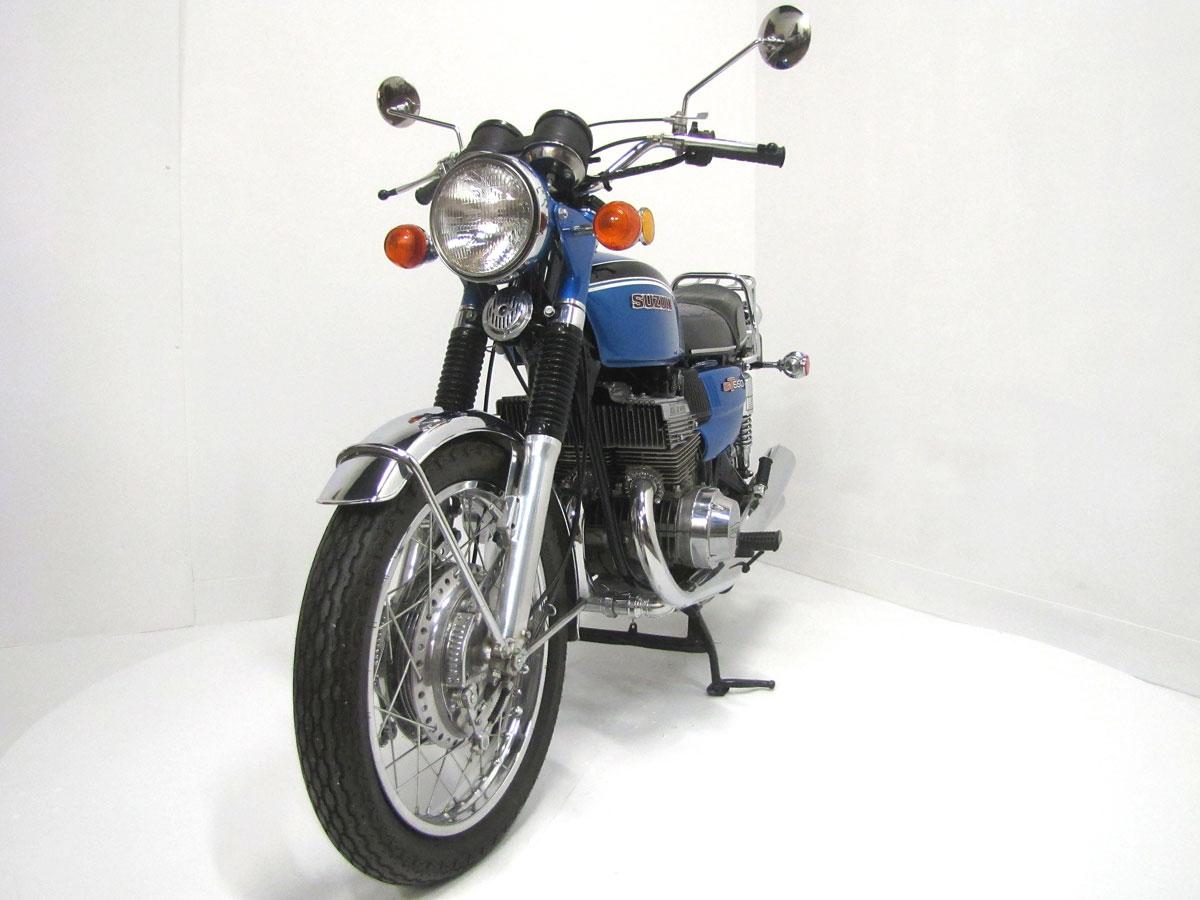 1972-suzuki-gt550j_4