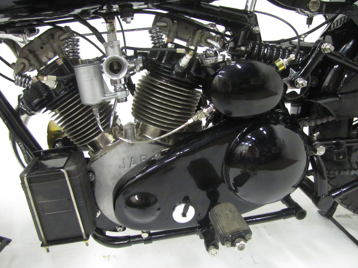 1930-brough-superior-680-black-alpine_44
