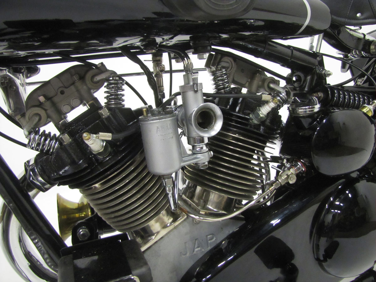 1930-brough-superior-680-black-alpine_45
