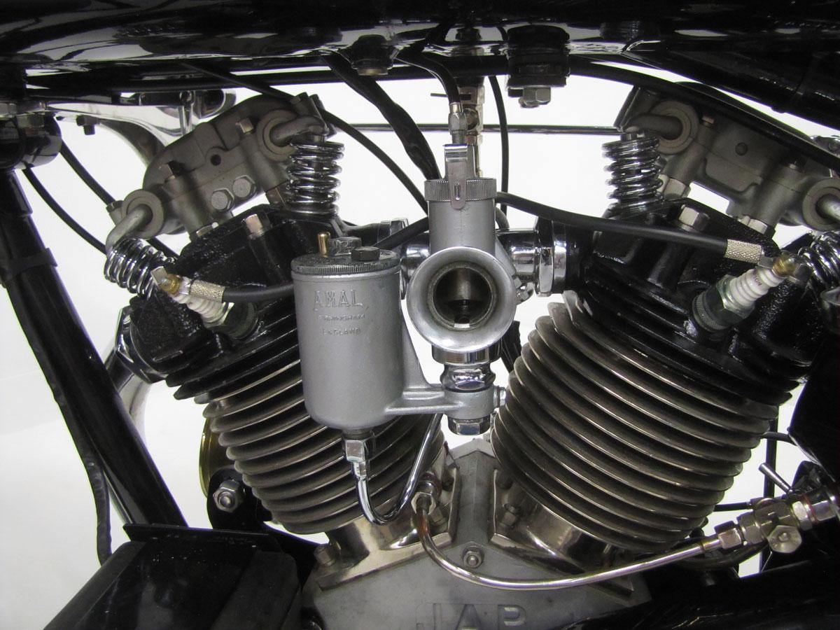 1930-brough-superior-680-black-alpine_47