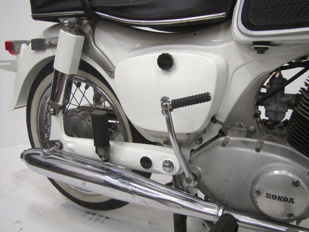 1965-honda-ca95_18