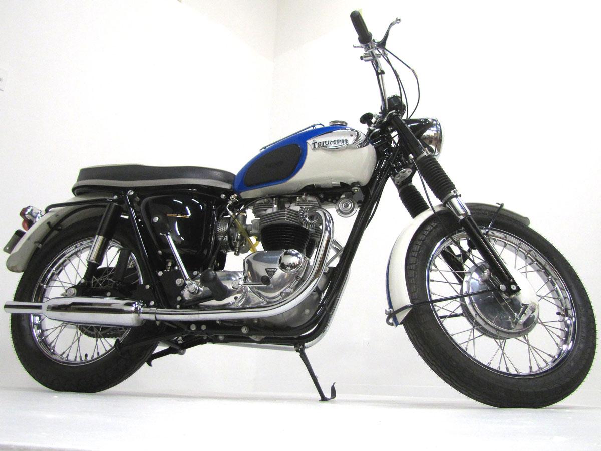 1966-triumph-tr6r-trophy_1