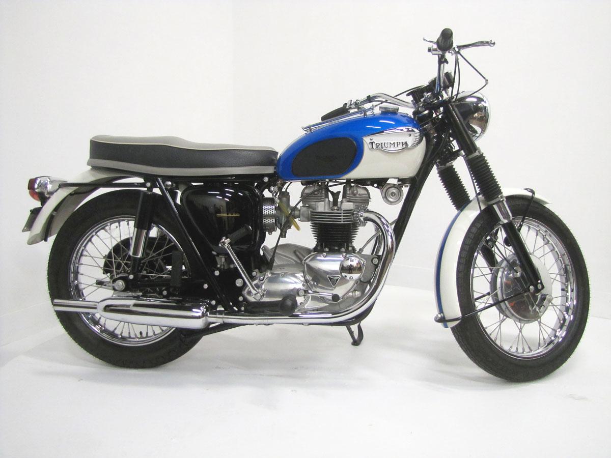 1966-triumph-tr6r-trophy_2