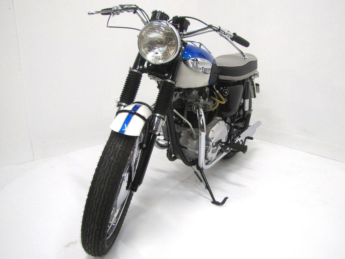1966-triumph-tr6r-trophy_4
