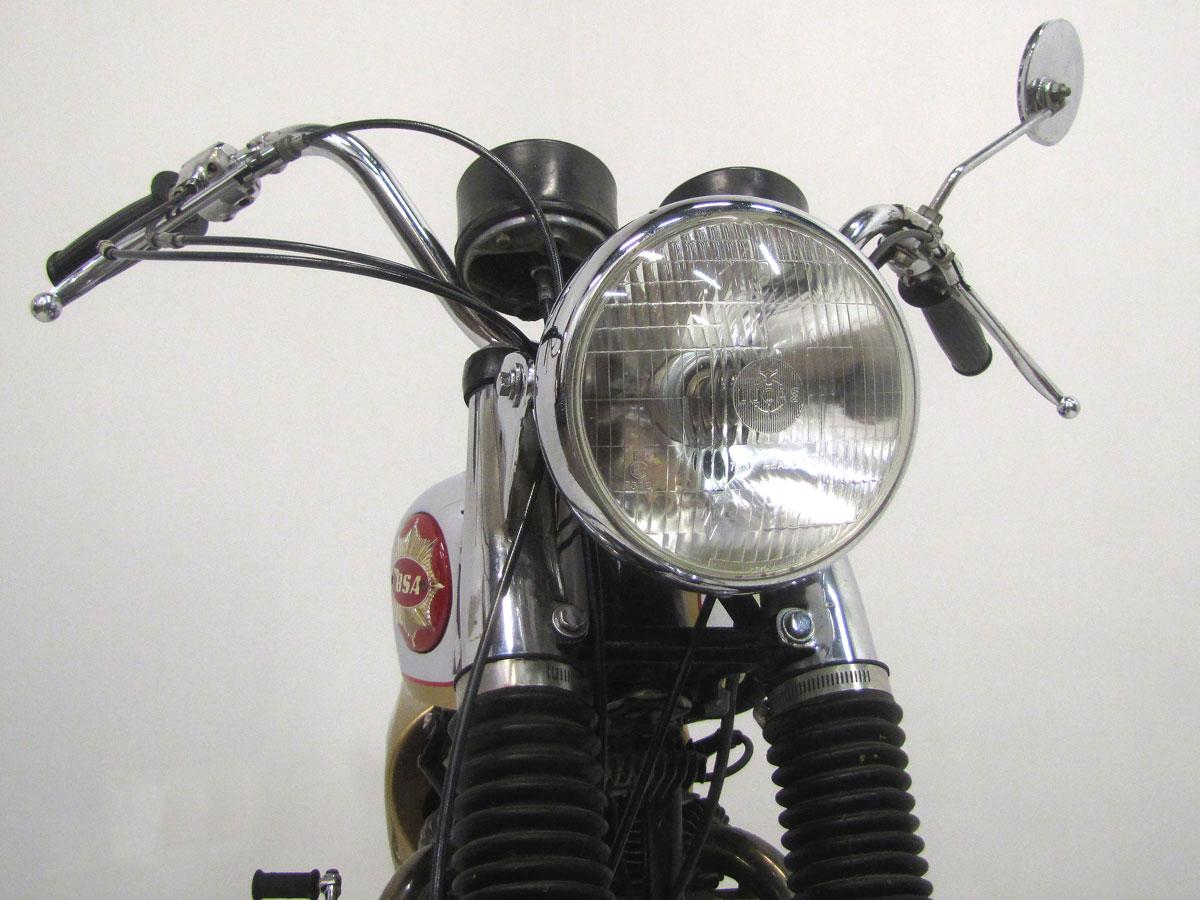 1968-bsa-lightning_10