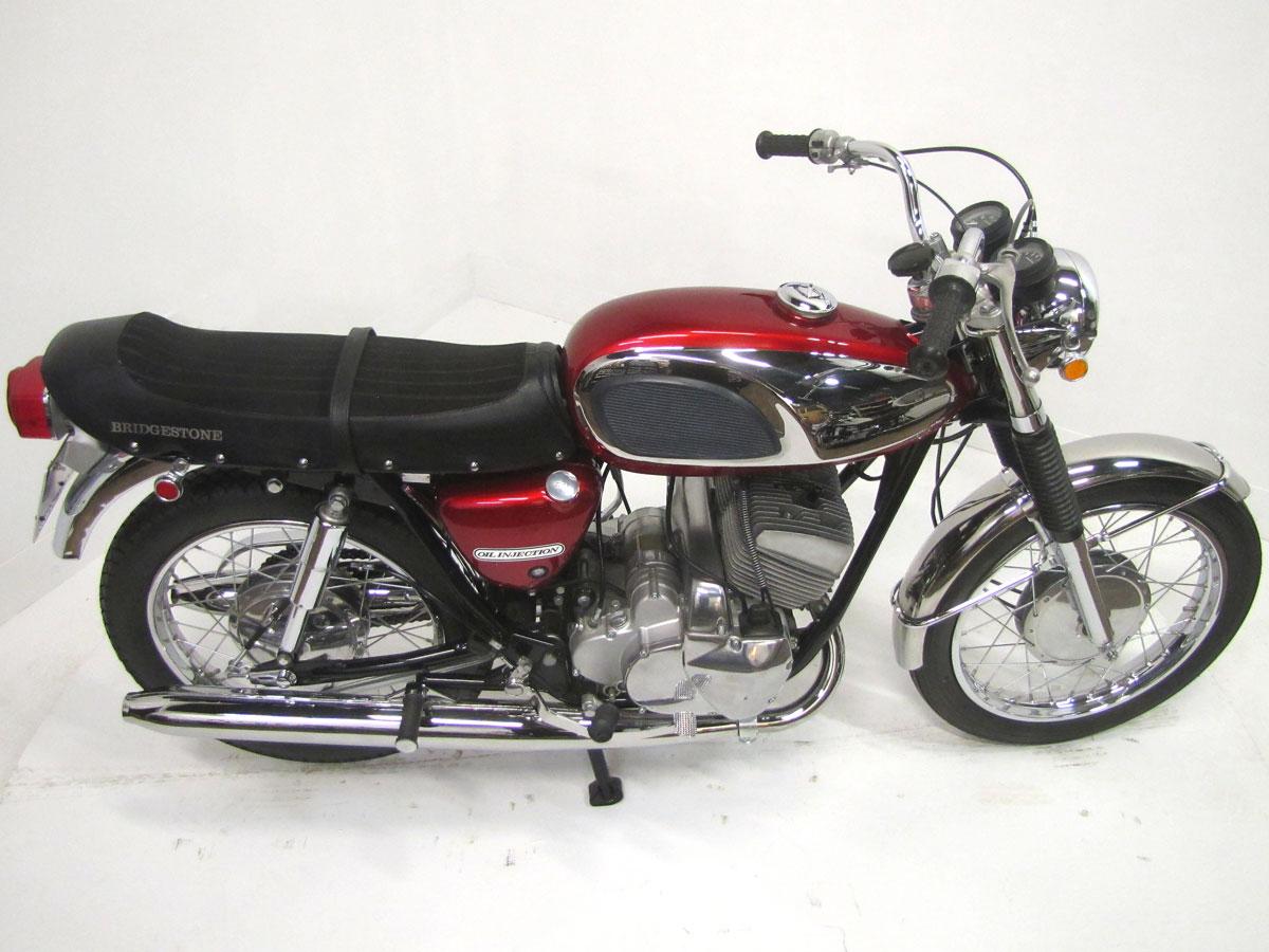 1967-bridgestone-350-gtr_10