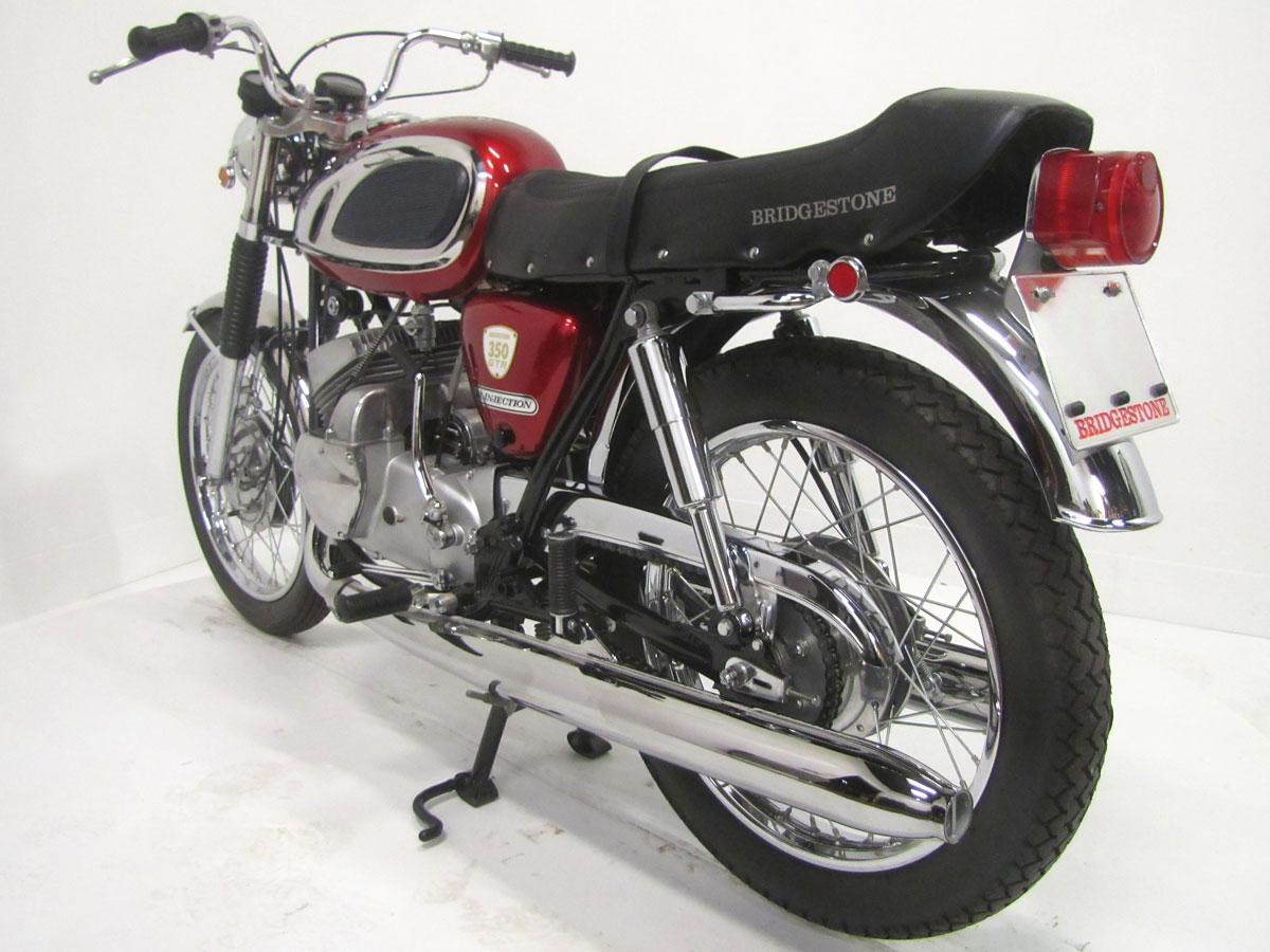 1967-bridgestone-350-gtr_4
