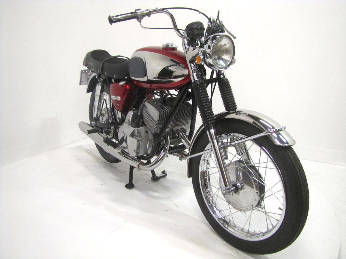 1967-bridgestone-350-gtr_8