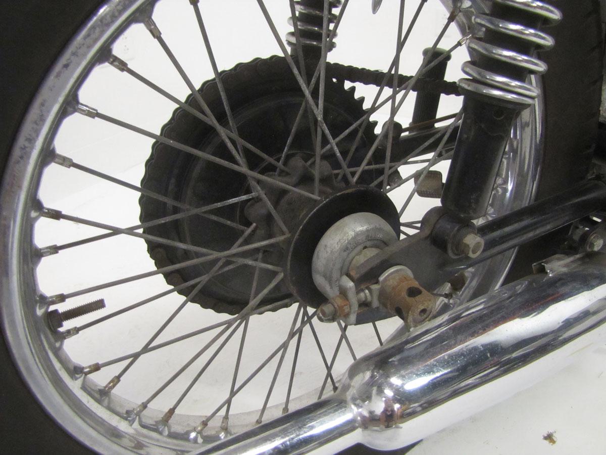 1968-bsa-b25_20