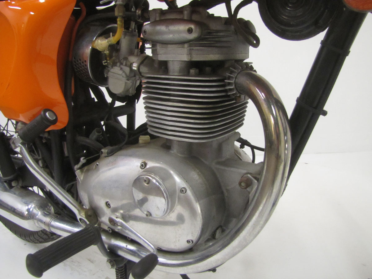 1968-bsa-b25_25