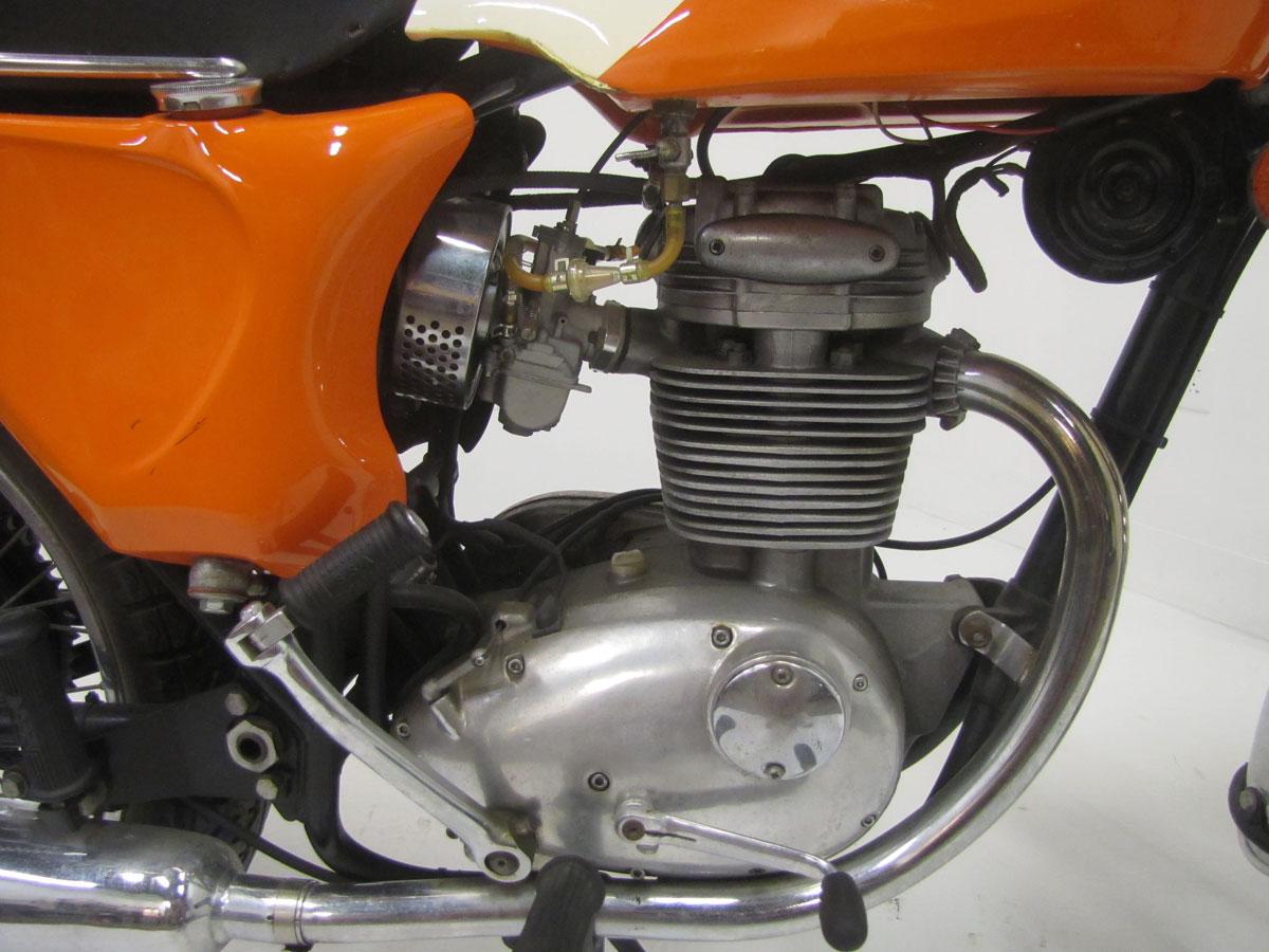 1968-bsa-b25_26