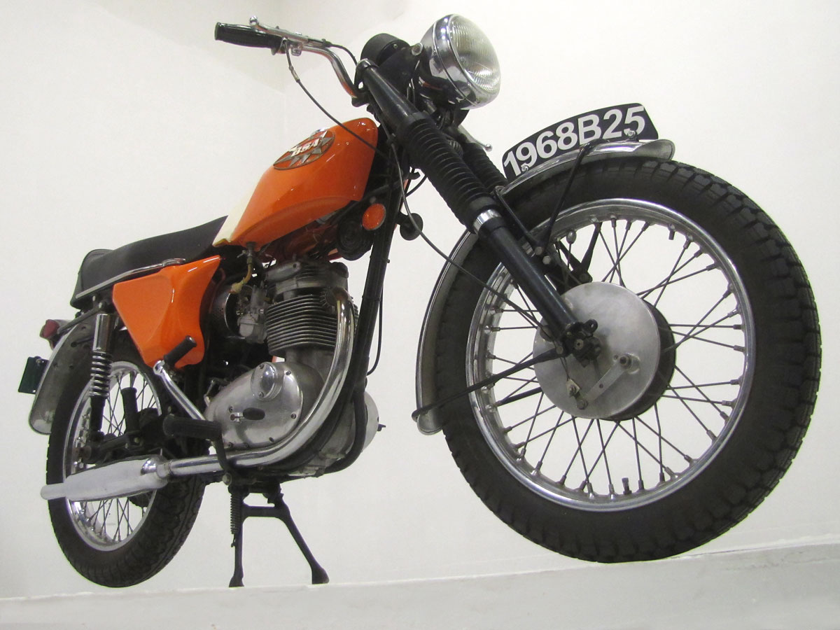 1968-bsa-b25_8