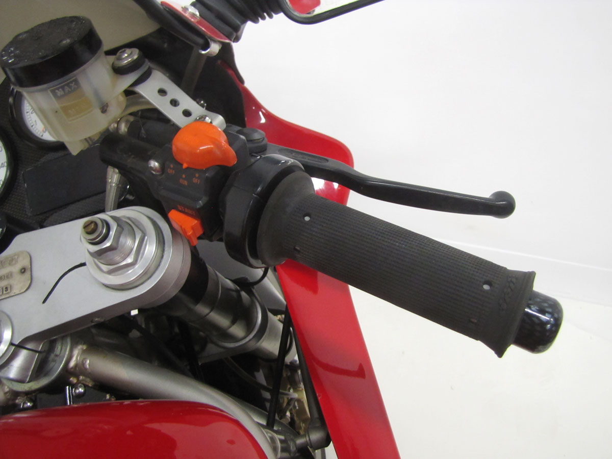 1995-Ducati-900SS-SP_12