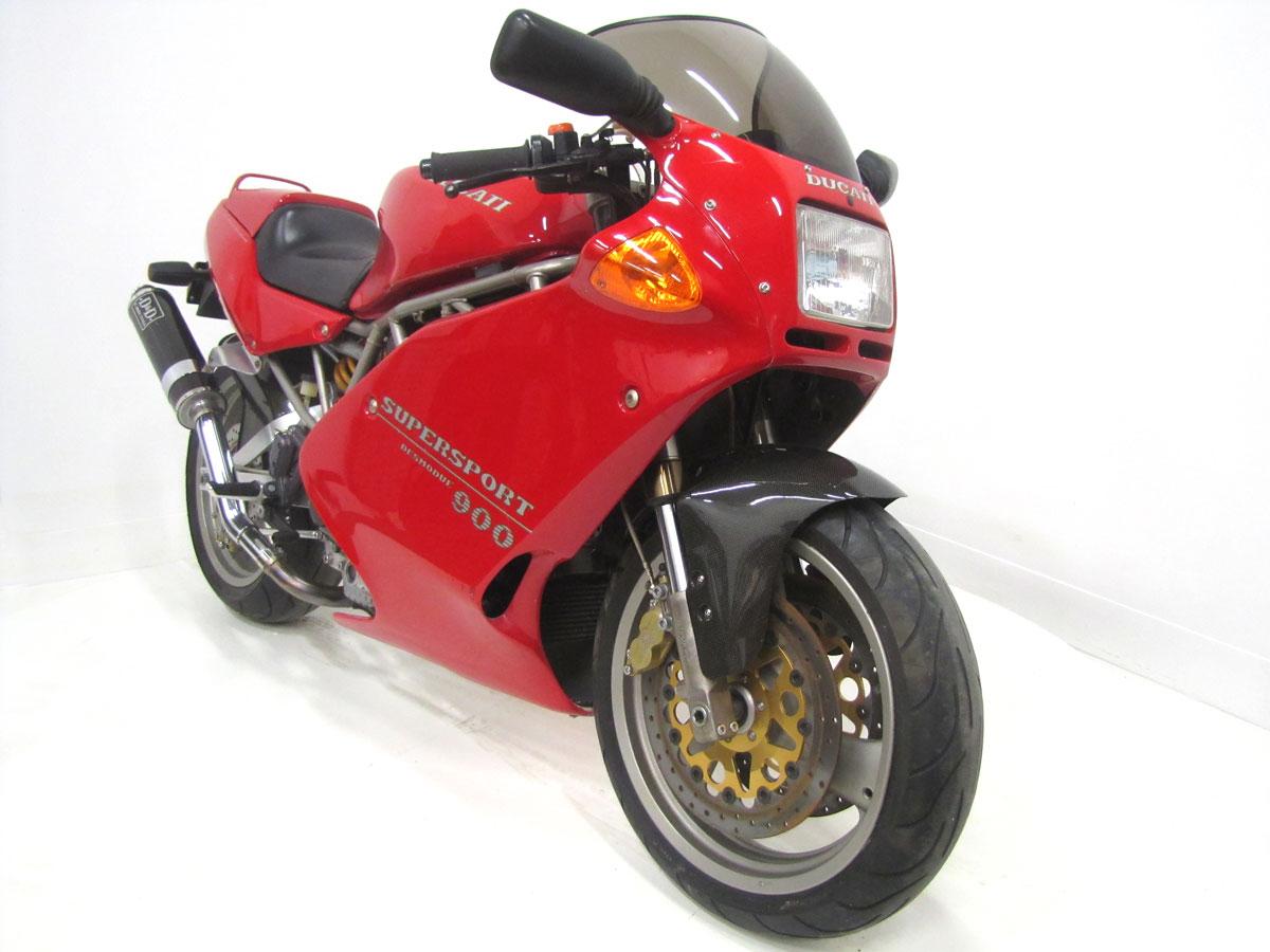 1995-Ducati-900SS-SP_2