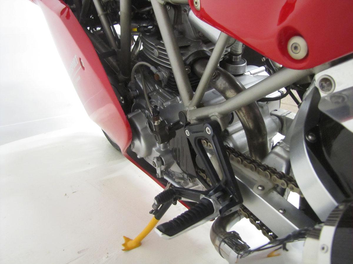 1995-Ducati-900SS-SP_32